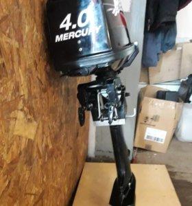 Лодочный мотор Меркурий 4 2х тактный.