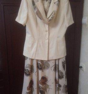 Нарядное новое Платье с жакетом