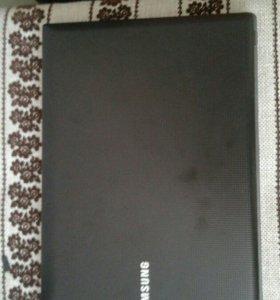 Ноутбук Samsung R428