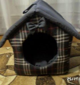 Домик для котов и маленьких собак