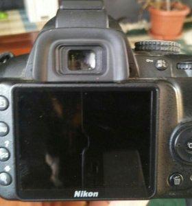 Зеркальный фотоаппарат Nikon d 3000