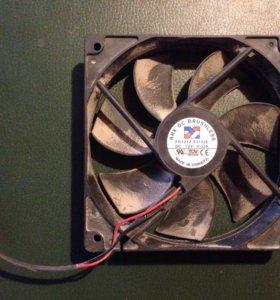 Вентилятор 12 В бу