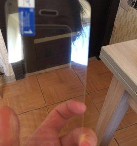 Защитное стекло на айфон 5