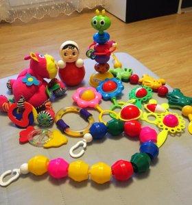 Игрушки пакетом для детей до года