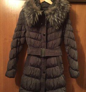 Зимнее пальто-пуховик с натуральным мехом!
