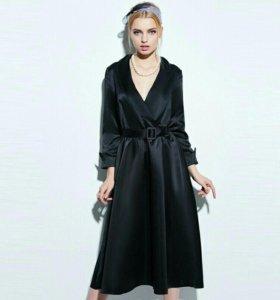 Новое атласное платье