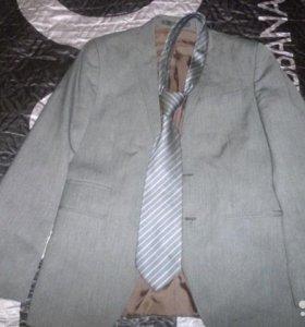 Стильный приталенный пиджак, английской фирмы MS