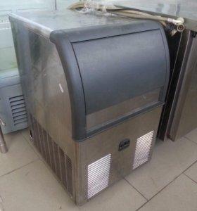 Льдогенератор Scotsman (Италия)