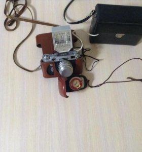 Фотоаппарат Зенит-6,фотовспышка Чайка,фотоэкспоном