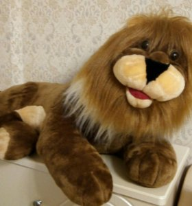 Мягкая игрушка- лев большой!