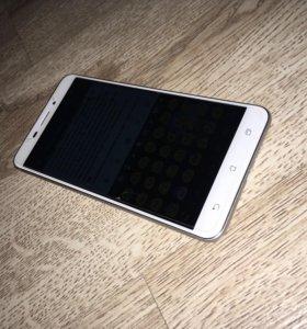 Смартфон Asus Zenfone 3 Laser