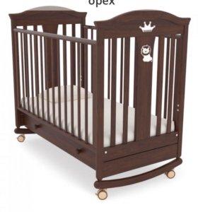 Детская Кроватка и пеленальный комод