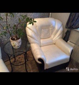 Кресло ( экокожа)