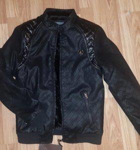 Мужская зимняя куртка 42-44 размера!
