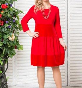 продам красивое красное платье