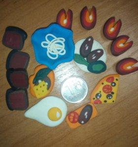 Набор продуктов для мини-кухни или мини- магазина.
