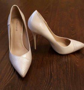 Новые туфли, р. 37