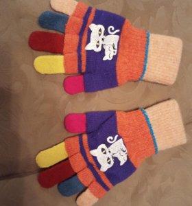Перчатки, кепки