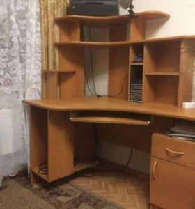 угловой компьютерный стол