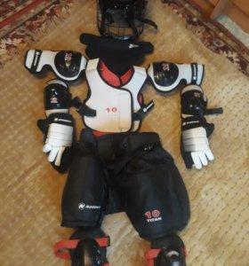 Хоккейная форма на 8- 10 лет.