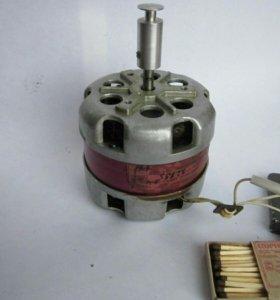 Электродвигатель 220вольт,10ватт,1400об/мин,бу