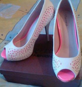 Туфли женские новые 40р.