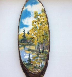 Картина каменная крошка на спиле дерева