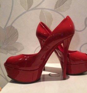 Шикарные туфли Casadei