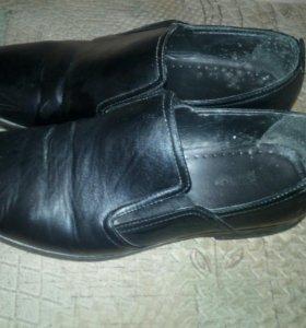Продам мужские туфли Б/У