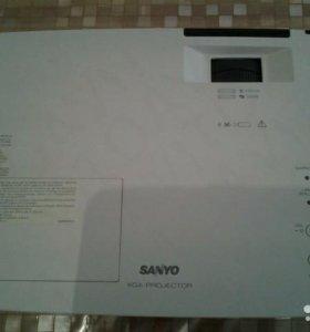 Проектор SANYO PLC-XK2200