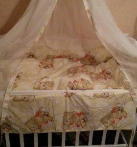 Кроватка+матрас+балдахин+белье в кроватку