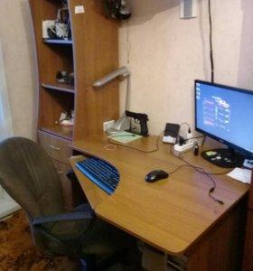 Стол кампьютерный