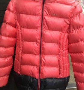 Зимняя куртка на девочку 10-12 лет