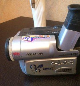 Кассетная видеокамера Samsung VP-W80