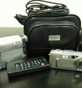 Видеокамера и фотоаппарат SONY