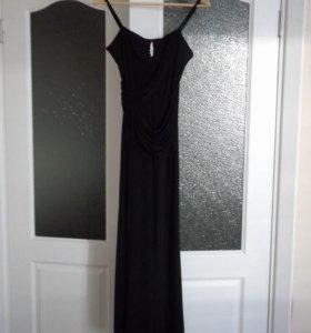 Красивое вечерние платье 44 раз.