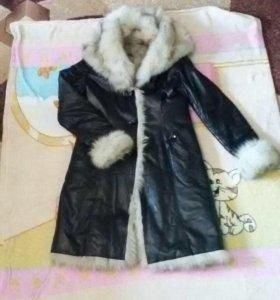 Пальто кожаное на меху 46-48 р