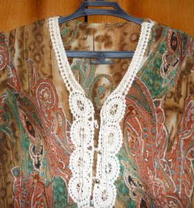 Нарядные женские блузки (3 шт.)