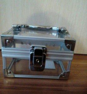 Сундучок-шкатулка для украшений