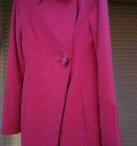 Пальто новое демисезонное драповое