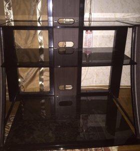 Подставка-полка под телевизор,стеклянная