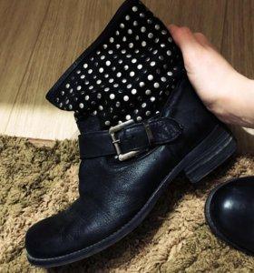 Ботинки (полусапожки) женские
