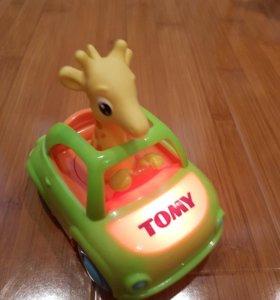 Машинка Tomy