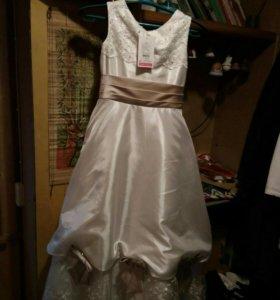 Платье в пол, новое