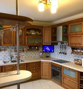 Квартира, 4 комнаты, 130 м²