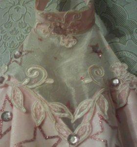 Платье розовое бальное