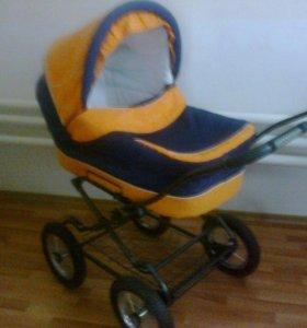 Детская коляска, Кроватка,Стульчик для кормления