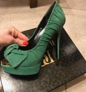 Брендовые туфли Basconi
