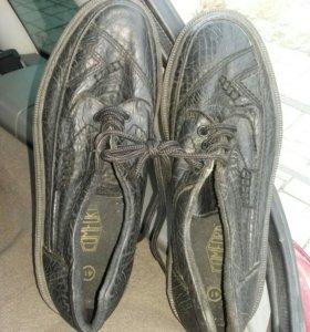 Кожаные туфли немец чистый