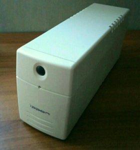 Источник бесперебойного питания Ippon Pro 500